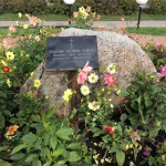Ивангород. Памятный камень в честь воинов, погибших при штурме Ивангорода