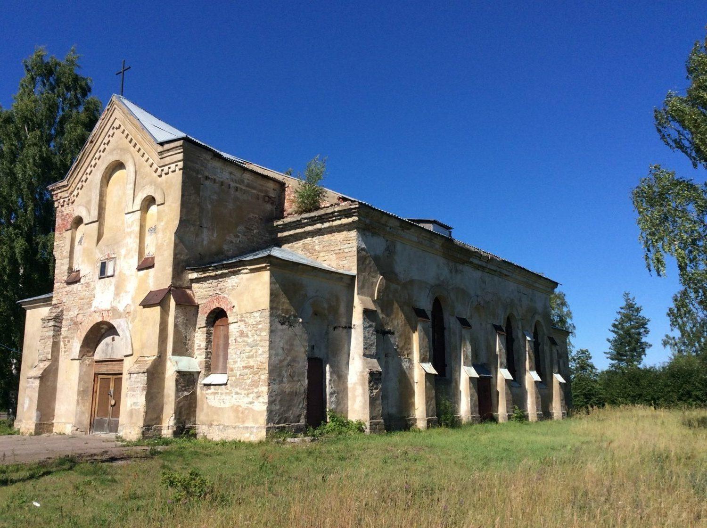 Кирха святого Андрея в деревне Большое Куземкино: долгий путь от храма к храму