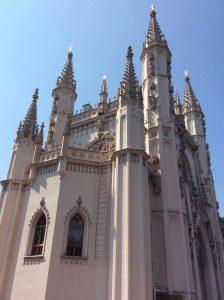 Готическая церковь имени Святого благоверного великого князя Александра Невского в парке «Александрия» («Готическая капелла»)