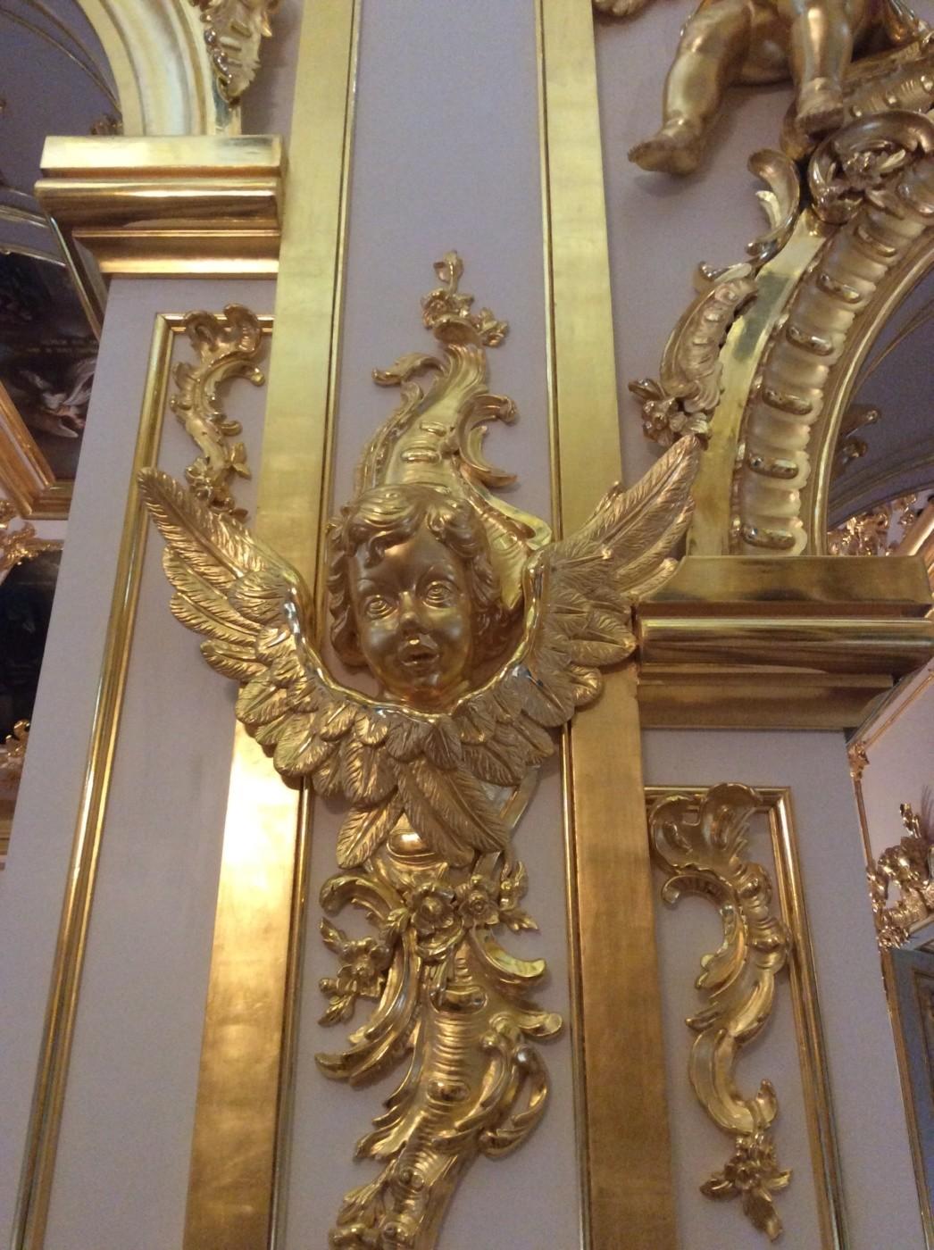 Церковь во имя святых первоверховных апостолов Петра и Павла. Музей «Церковный корпус». Придворная церковь Большого Петергофского Императорского дворца.