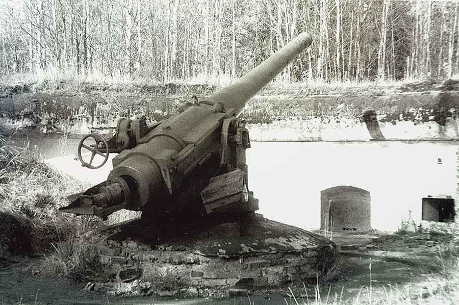 152 мм орудие Канэ на форте Красная Горка.