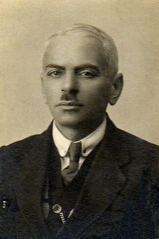 Николай Иванович Берлинг (1882 - 1964) - российский геолог и гидрогеолог, член Императорского Географического общества