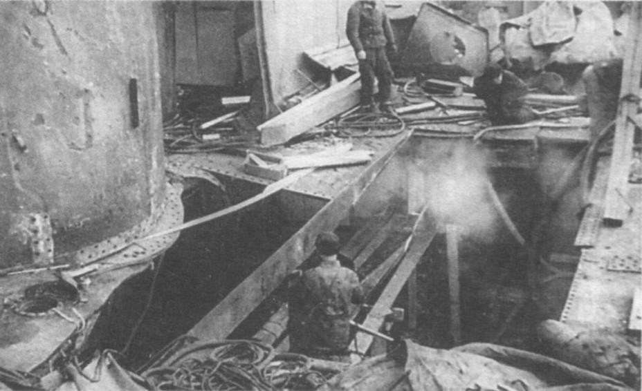 Бомбардировка «Марата» в Кронштадте 16 сентября 1941 г.
