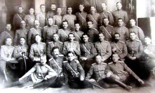 Слушатели Гатчинской авиационной школы. Варшава. 1913 г.