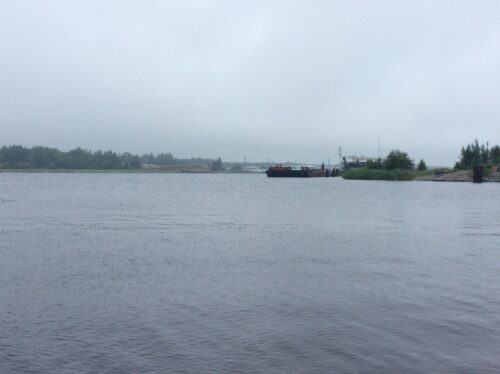 Река Луга. Усть-Лужский лесной терминал