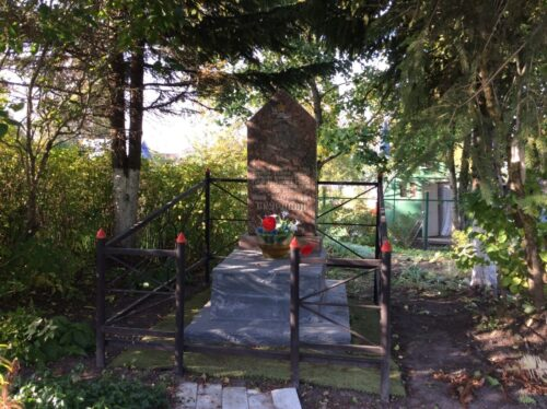 Сокули. Памятник подвигу Скуридина